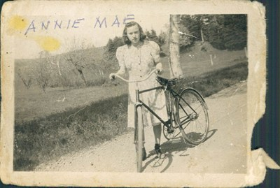 Annie Mae (Martin) Ritchie photos