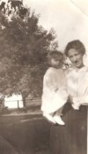 Helen and her mother, Jennie Heasley 1917